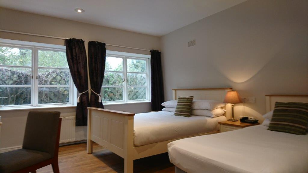 Accommodation Kildare Twin Bed